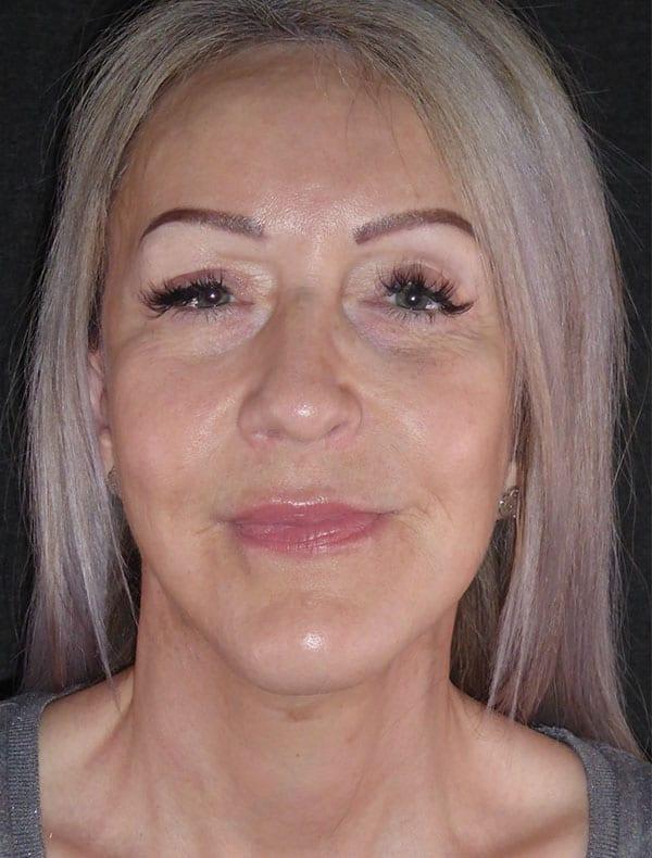 Jacqueline, 52