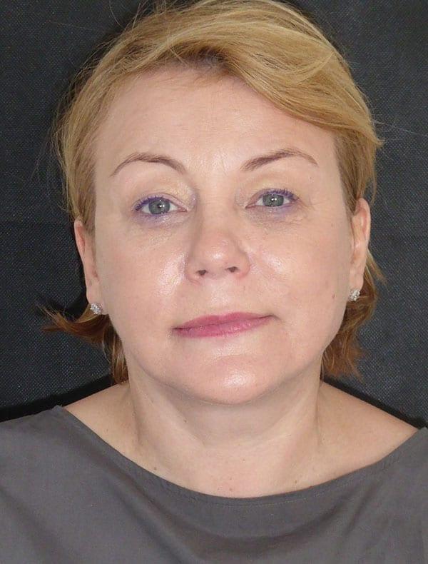 Gabriela, 52