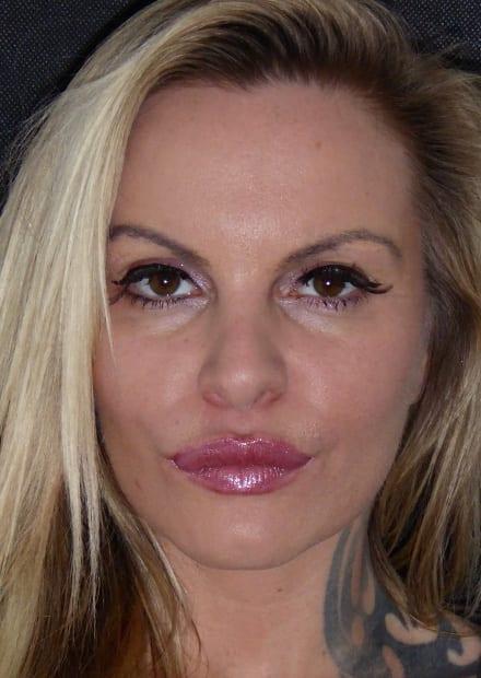 Ginette, 37