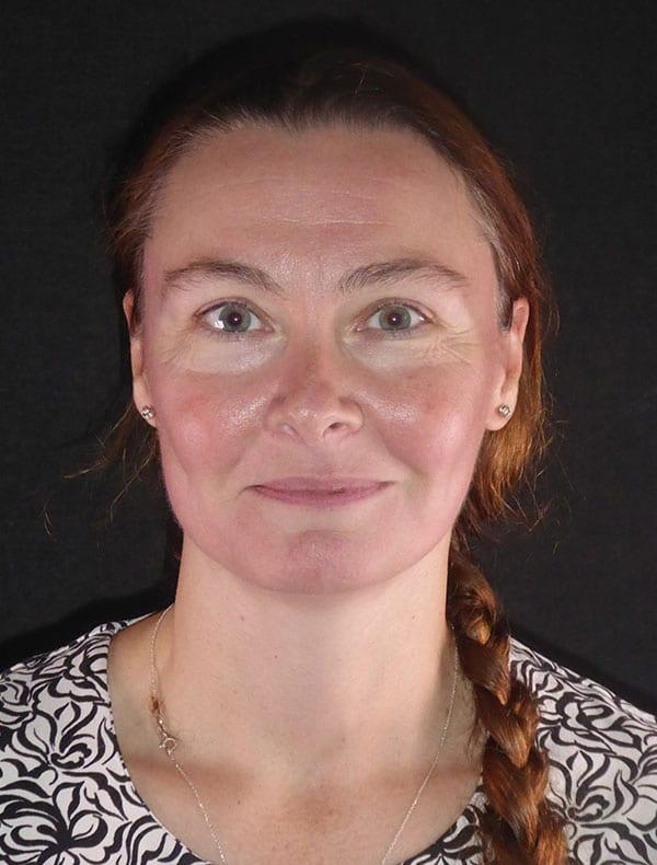 Jacqui, 44